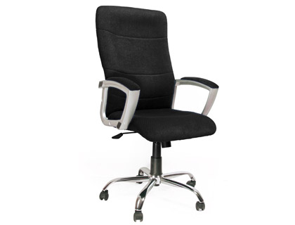 Silla de direccion negra q-connect con respaldo alto regulable en altura