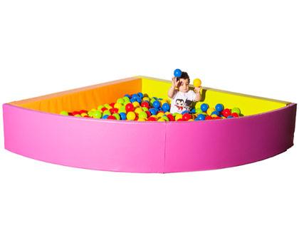 piscina esquinera de bolas